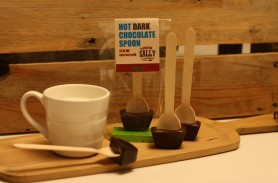 /products/dark-chocolate-and-mint-hot-chocolate-spoons